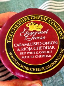Caramelised Onion & Rioja Cheddar 200g